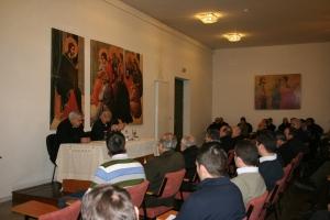 Mons. Zornoza en el encuentro de formación permanente
