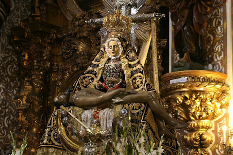 Virgen Angustias Granada2