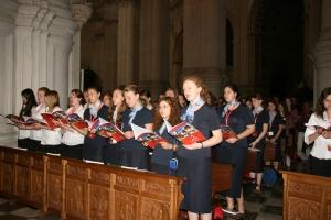 Coro de Alemania en la S.I. Catedral, durante la Liturgia de las Federaciones.