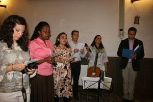 Miembros de la Comunidad de Shalom.