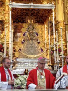 El Arzobispo de Granada celebró la Eucaristía en el Santuario de la Virgen del Rocío.