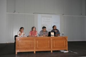 De izquierda a derecha: Carmen Rosales, Isabel Rodríguez, Juan José Medina y D. José Ramón Peláez.