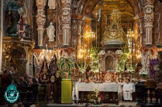 Mons. Reyes presidió la Eucaristía en la Basílica de la Virgen.